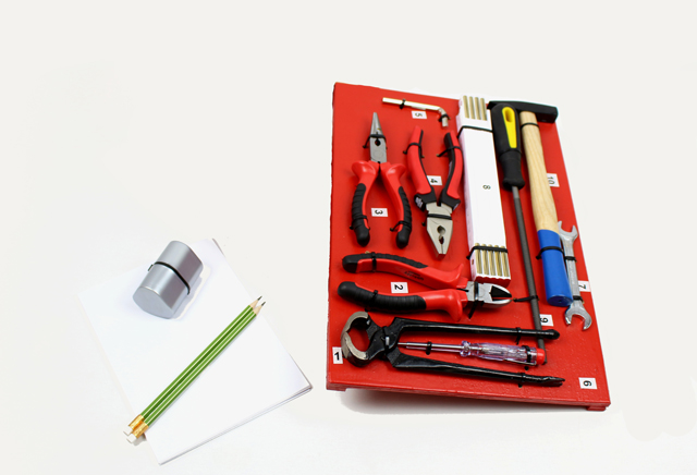 Werkzeuge 1. bis 3. Zyklus - kiknet Unterrichtsmaterial